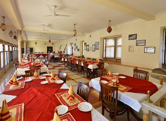 Castle Bijaipur dining room