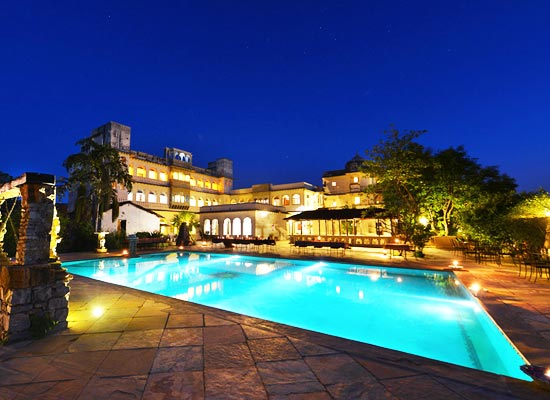 Castle Bijaipur pool view