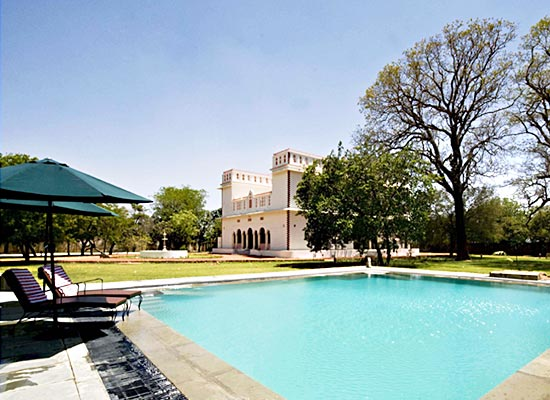 Bijay Niwas Palace Rajasthan Poolside