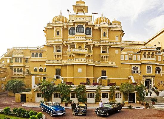 Deogarh Mahal deogarh facade