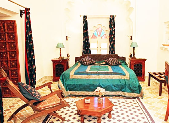 Deogarh Mahal deogarh bedroom