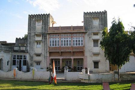 Castle Durjan Niwas daspan facade