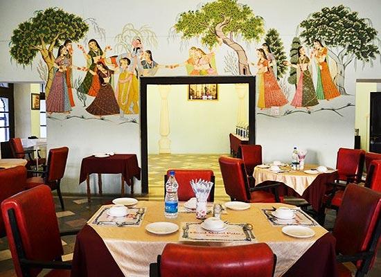 Restaurant at Phool Mahal Palace Kishangarh, Rajasthan