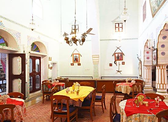 castle pachar shekhawati sitting area