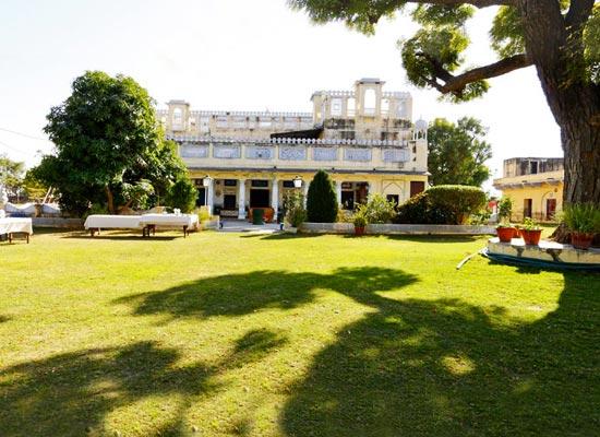 castle pachar shekhawati garden view