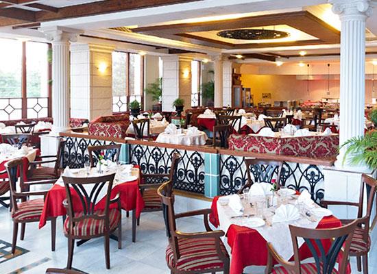 Jehan Numa Palace Bhopal Dining