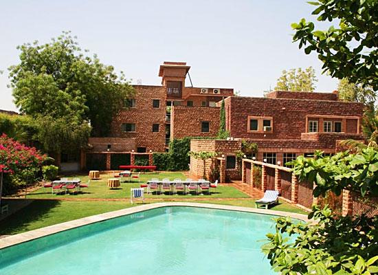 Hotel Karni Bhawan Jodhpur pool view