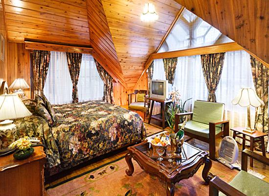 Hotel New Elgin bedroom