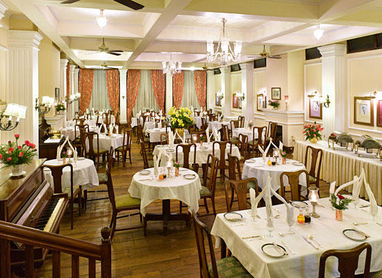 Hotel Silver Oaks kalimpong dining hall