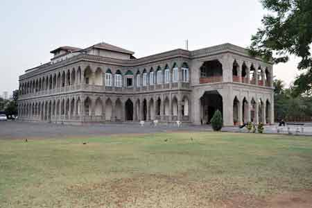Outside View of Nilambagh Palace Hotel in Bhavnagar