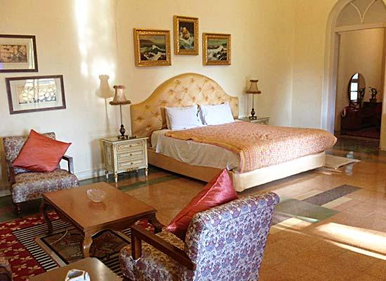 room at Riverside Palace