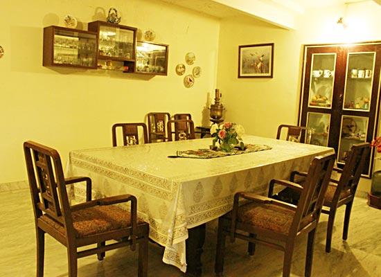 Bhavani Villa Gujarat Dining