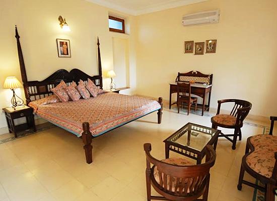 Hotel Ratan Vilas jodhpur bedroom