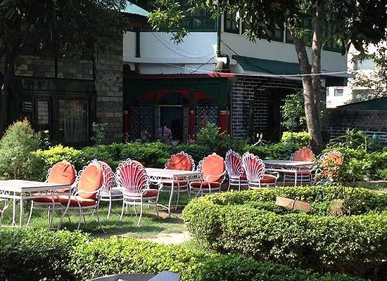 Garden Area of Rajmahal Palace Hotel Mandi, Himachal Pradesh