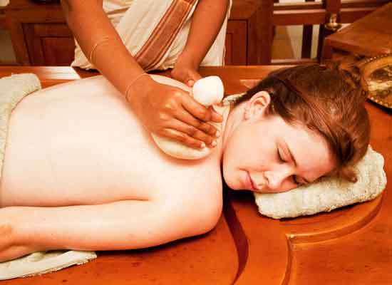 Keraleeyam Heritage Home and Ayurvedic Resort Alleppey- Therapy