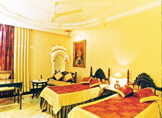 Basant Vihar Palace Bikaner Room