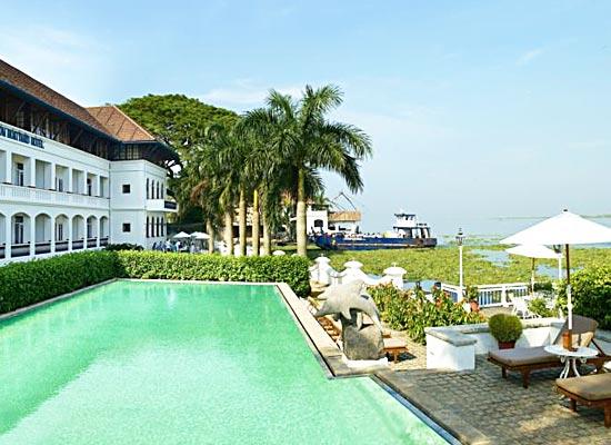 Brunton Boatyard Hotel Kochi Poolside