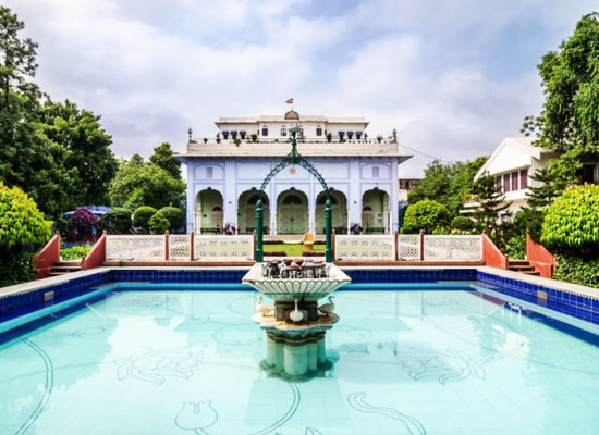 Hotel Diggi Palace jaipur pool