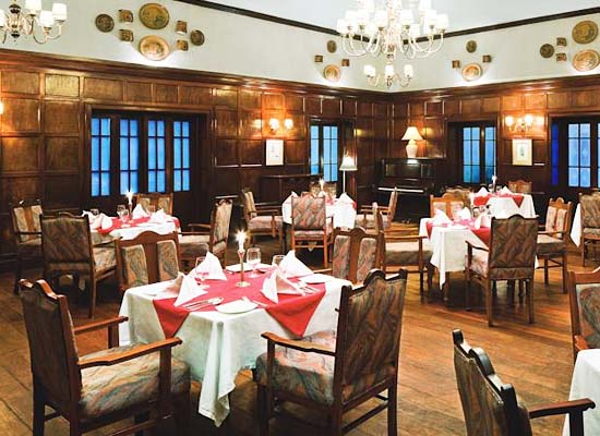 Restaurant Taj Savoy Hotel Ooty