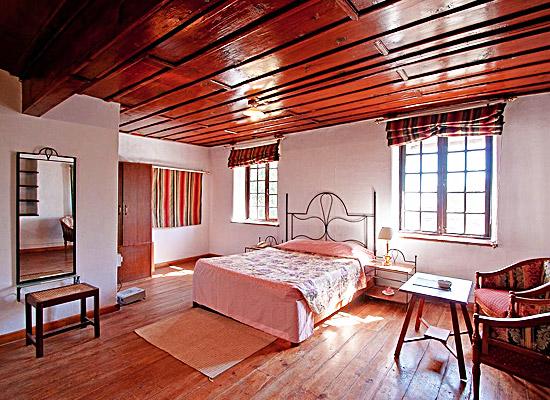 Chevron Fairheavens nainital bedroom