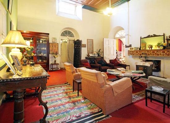 Hotel Carlton Plaisance mussoorie living area