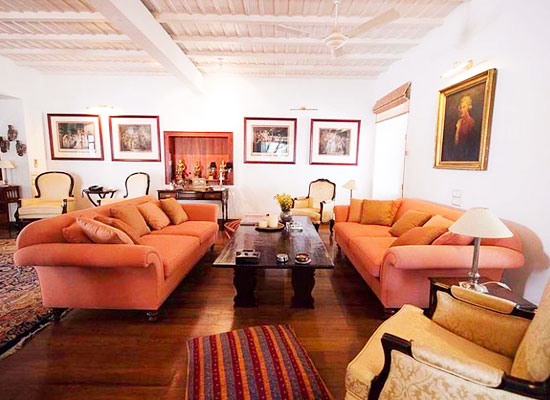 Hotel Le Colonial kochi living area