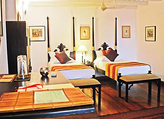 Hotel Le Colonial kochi bedroom