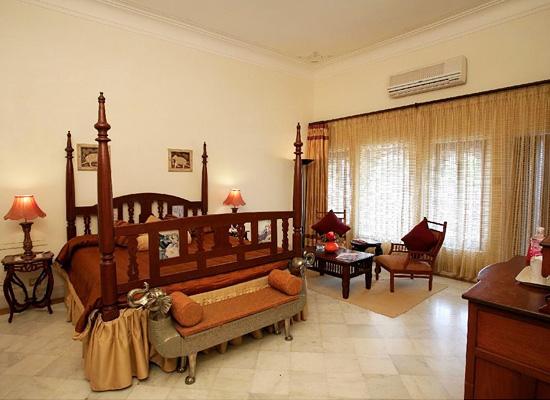 Fateh Bagh Palace Ranakpur Room