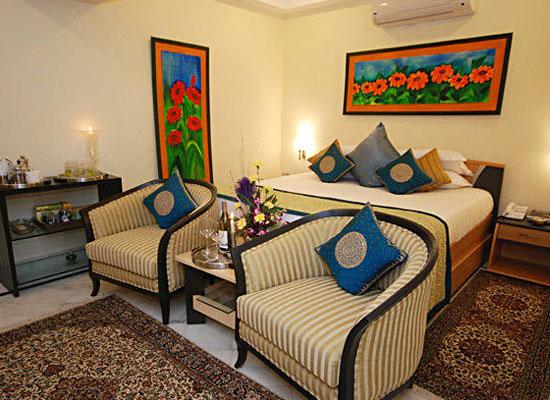 Jagmandir Island Palace Udaipur Luxury Room