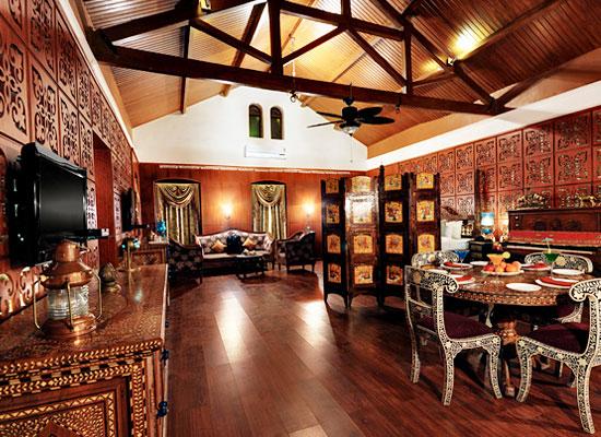Heritage Khirasara Palace Rajkot Dining