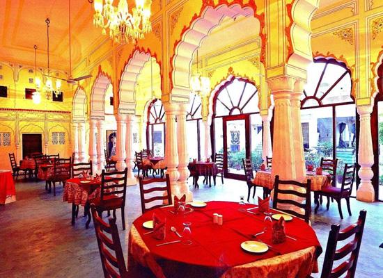 Karnot Mahal Jaipur Dining Area