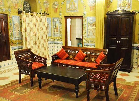 Malji Ka Kamra shekhawati sitting area