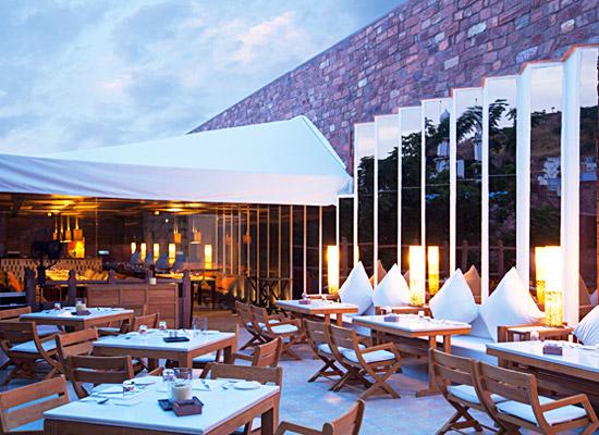 Hotel Raas jodhpur dining area