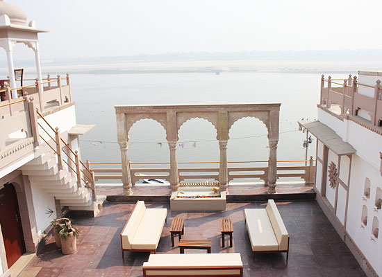 Jukaso Ganges Varanasi Lake View