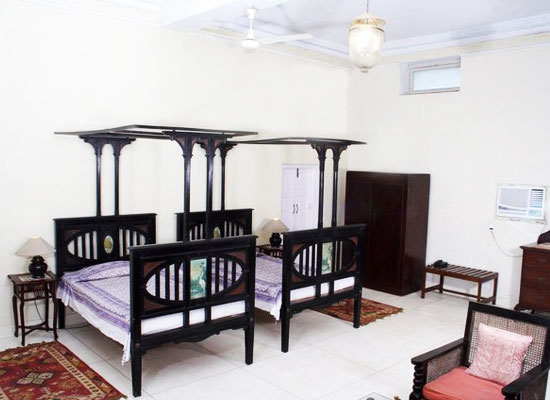 Fort Unchagaon Uttar Pradesh Room