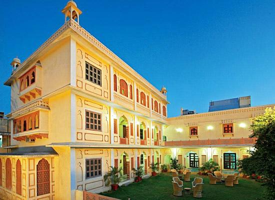 chirmi palace hotel jaipur facede