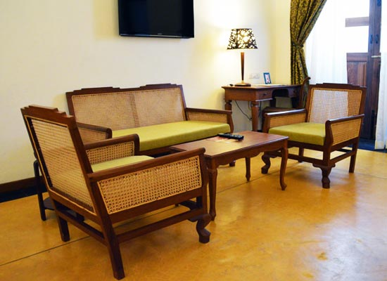 Sitting Area at Palais de Mahe Pondicherry