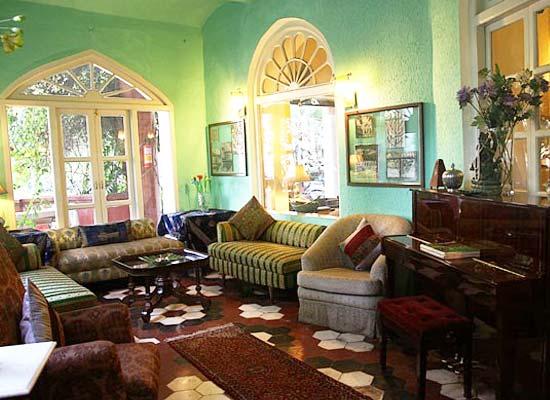 Sitting Hall at Ranjits Svaasa Amritsar