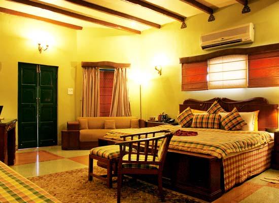 Room at Ranjits Svaasa Amritsar