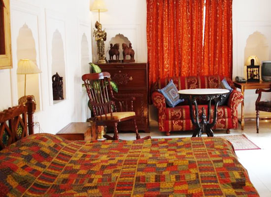 Haveli Braj Bhushan Ji Ki Bundi Inside View