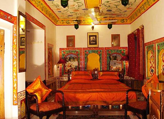 Haveli Braj Bhushan Ji Ki Bundi Room