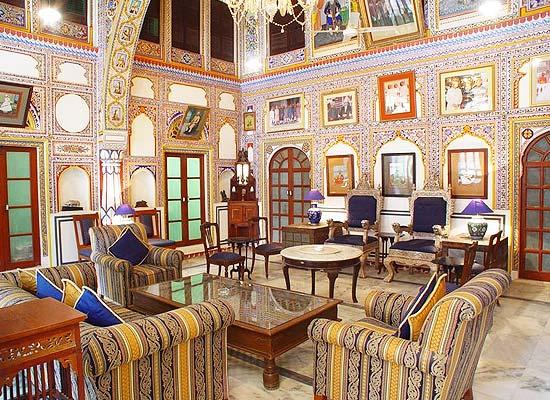Mandawa Haveli Jaipur hall area