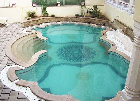 Mandawa Haveli Jaipur pool view