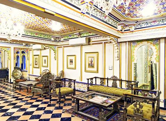 Chunda Palace udaipur living area
