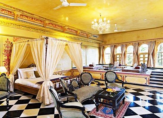 Chunda Palace udaipur sitting area