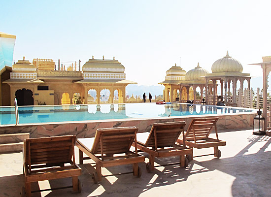 Chunda Palace udaipur pool side
