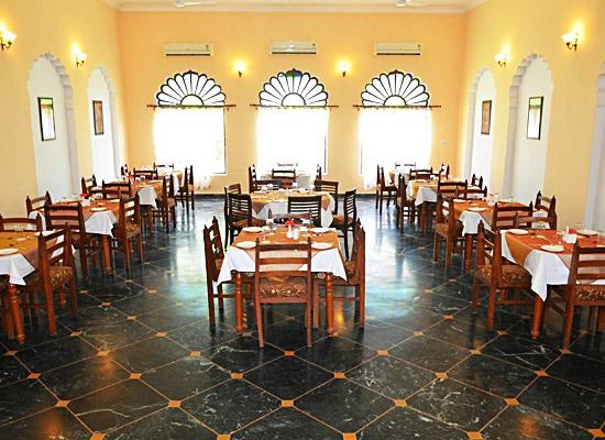 hotel surya vilas palace bharatpur dining room