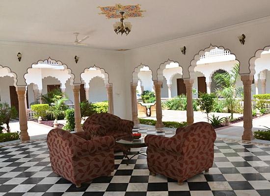 hotel surya vilas palace bharatpur sitting area