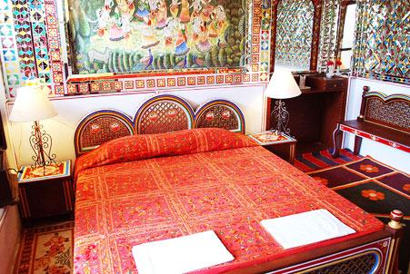 Hotel Heritage Mandawa shekhawati bedroom
