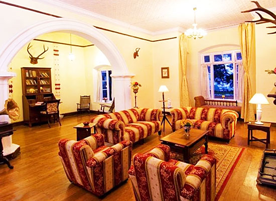 Glyngarth Villa Ooty Sitting